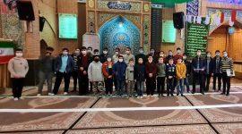 عکس یادگاری جشن پایان ترم دوره بیستم تعلیم و تربیت مقطع نوجوانان انوارالزهرا سلام الله علیها